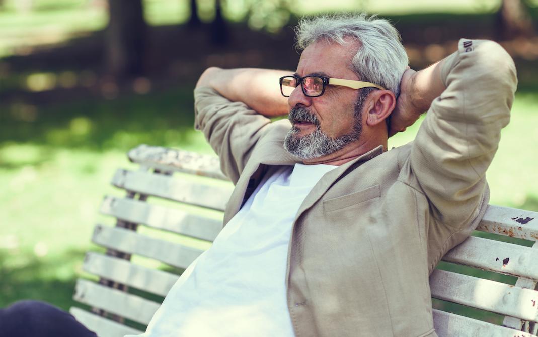 ¿Cuando debe realizarse la cirugía de cataratas y cómo es el postoperatorio?